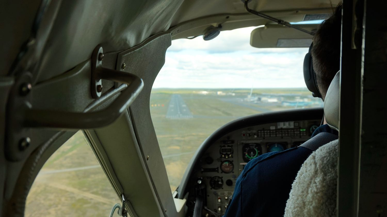 Landing at Yellowknife Airport