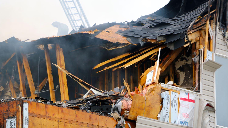 Fire at Polaris Apartments