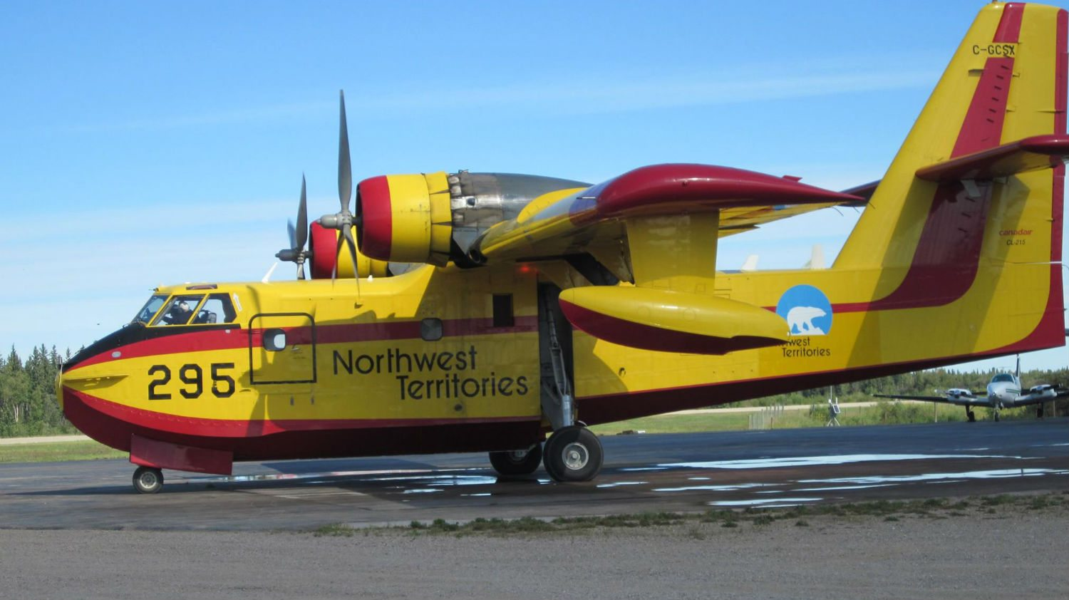 NWT air tanker for fire fighting