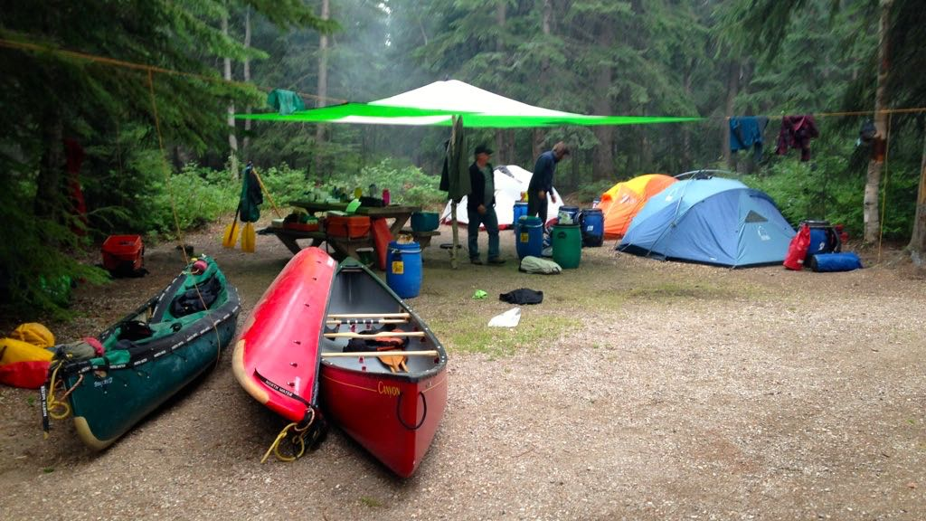 Alberta-Nahanni canoe trip