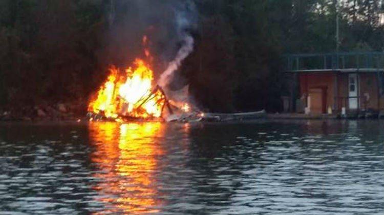 Houseboat fire