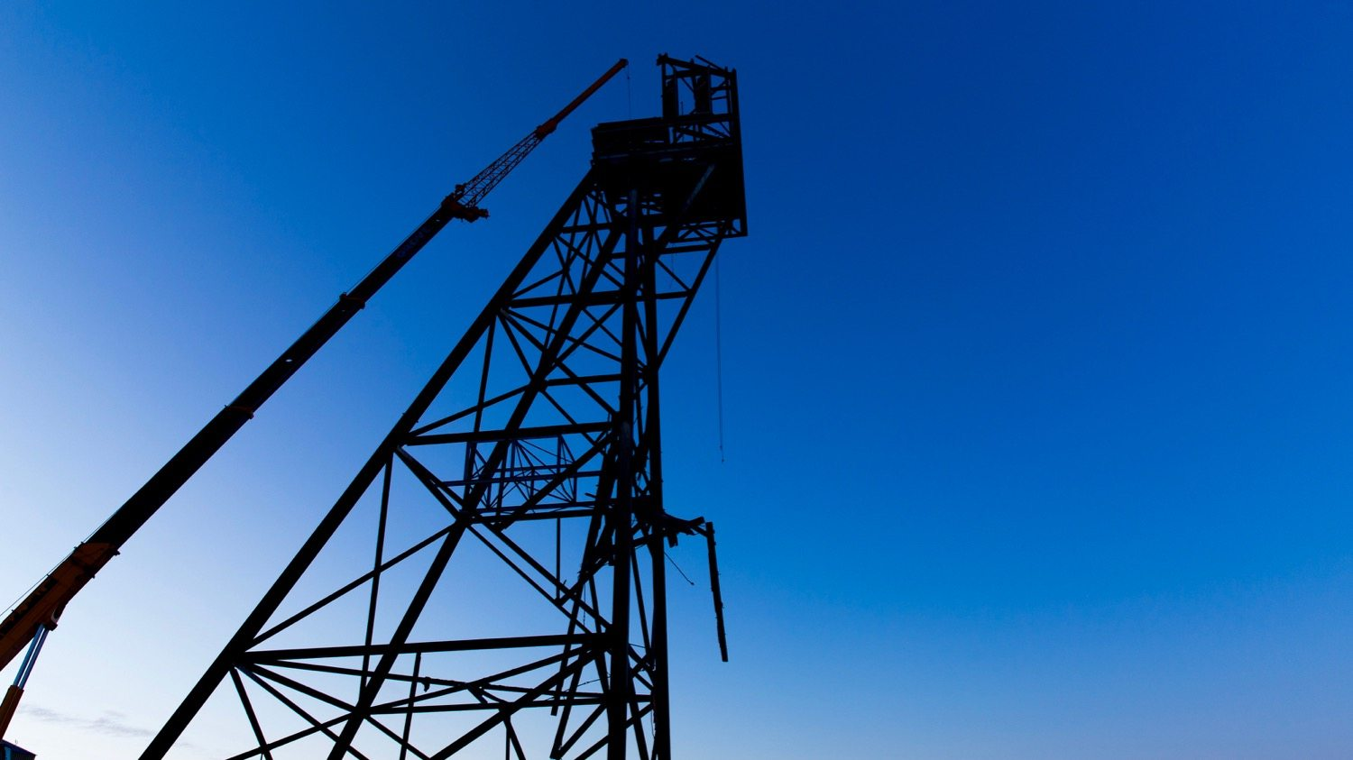 Giant Mine's C-shaft headframe