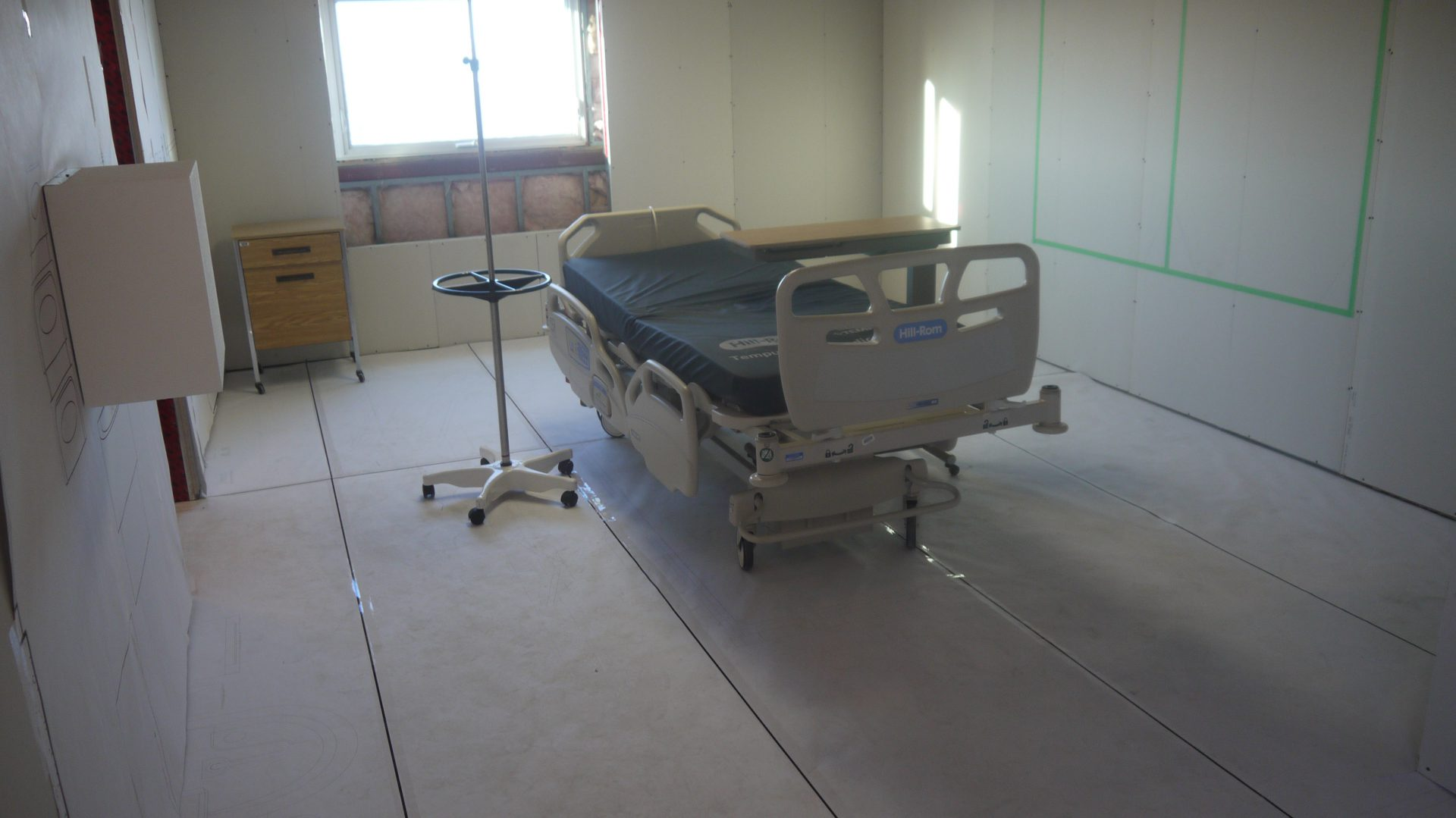 A mock-up design of a single patient room.