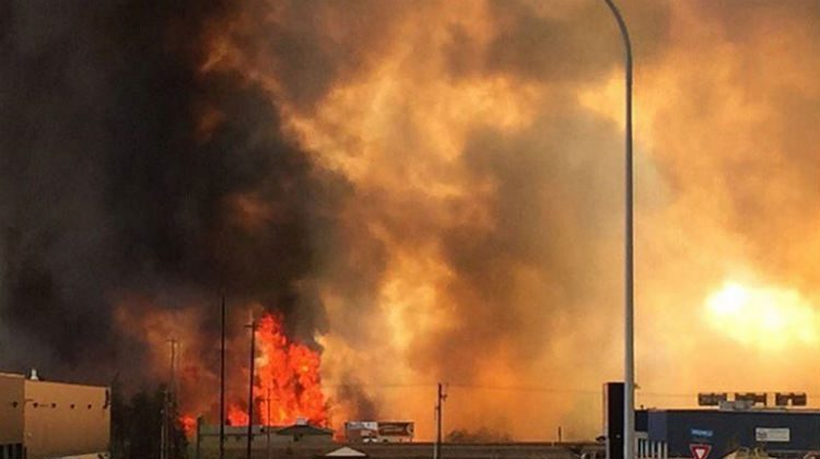 A civilian captured this image of the wildfire burning in Fort McMurray. Photo courtesy: stewartstrength on Instagram